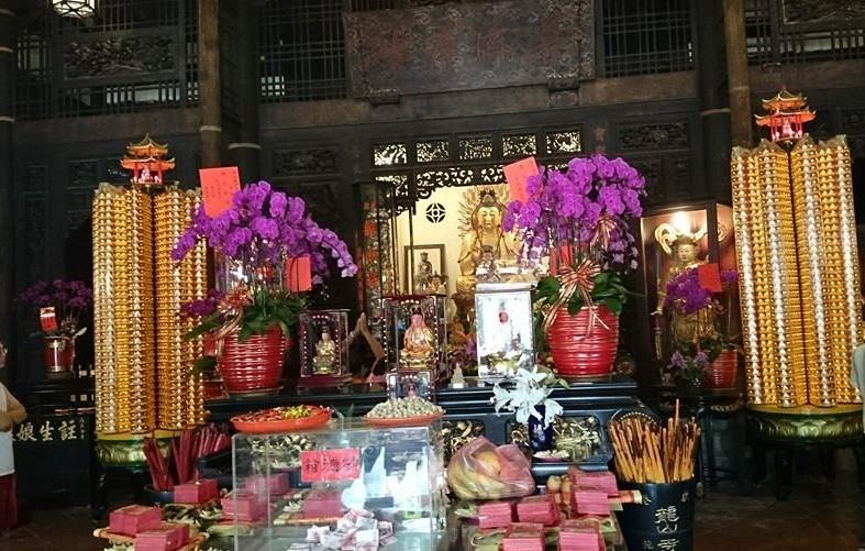 龍山寺 観光