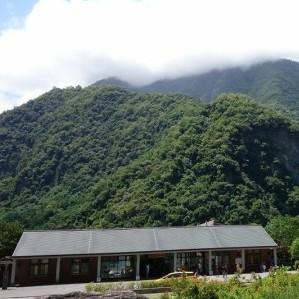 花蓮客運で太魯閣国家公園へ。徒歩と公共バスでタロコの名所を回りきる