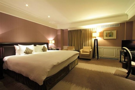 台湾旅行 費用 ホテル