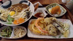 【台北】メイドカフェ「楓潾軒」は和服のメイドさんが本格和風料理・うどんを出してくれるし一緒にゲームもできて楽しい