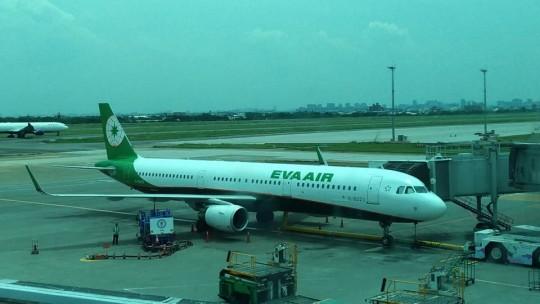 エバー航空(長榮航空)で台湾に行ってみた【往復搭乗記】