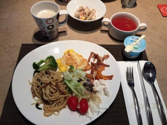 COZZI民生館 朝食