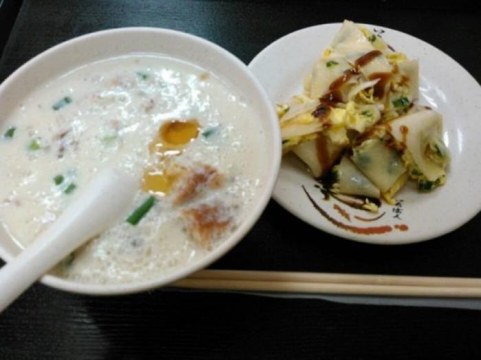 【台北】台湾の朝食、定番と言えばコレ!「鼎元豆漿」の豆乳を堪能すべし