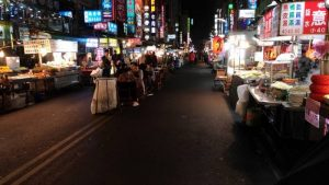 【高雄】六合夜市のおすすめグルメ散策コースまとめ!一番感激したのは屋台じゃないあのお店!