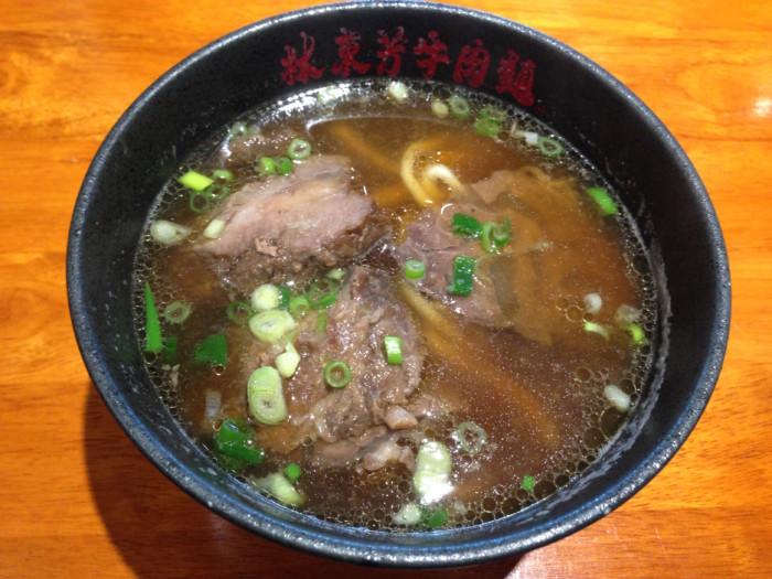 長年変わららぬ醤油ベースのスープが美味!おすすめ牛肉麺屋さん『林東芳牛肉麺』【2018年最新版】